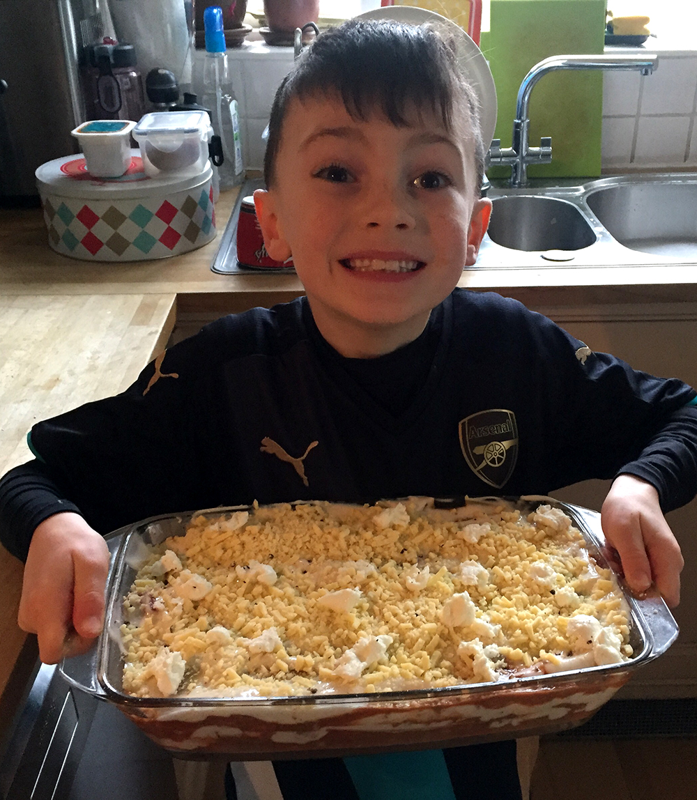 bailey-with-lasagne